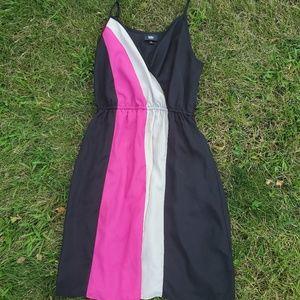 Mossimo black & pink v neck dress